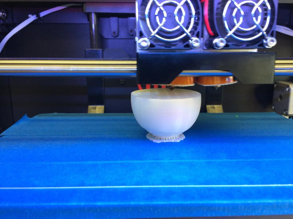 1/2 way done--3D printing artificial eggs image credit: Miri Dainson and Rob Pecchia